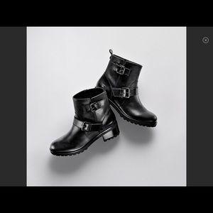 Michael Kors Jet Set Boots